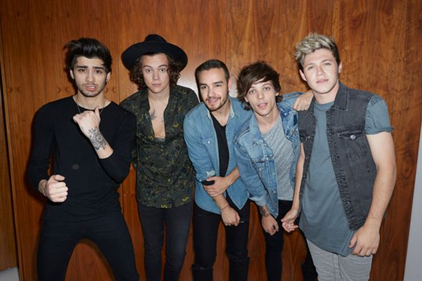 One Direction -fanit järkyttyivät, kun Zayn Malik (vasemmalla) erosi yhtyeestä maaliskuussa.