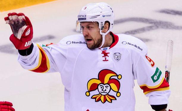 Niklas Hagmanin maali oli miehelle uran ensimmäinen tehopiste KHL:n pudotuspeleissä.