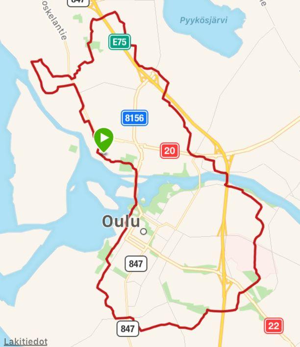 100 juoksijaa teki 23 kilometrin lenkin keskiviikkona Oulussa.