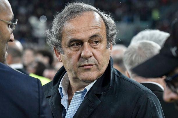 Michel Platini jättäytyi Uefan tehtävistä vuonna 2015.