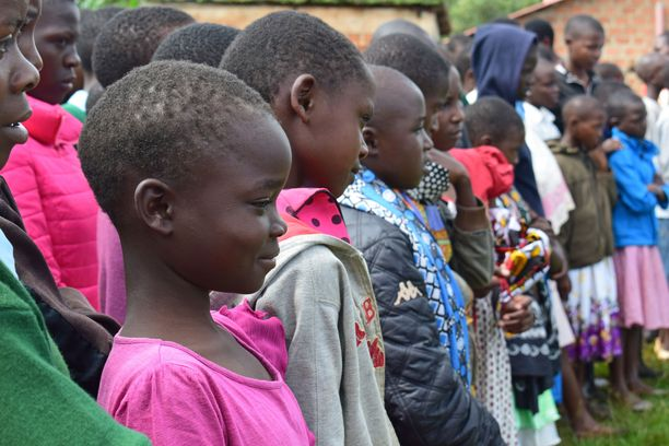 Turvaleireillä tytöt oppivat omista oikeuksistaan kehonsa koskemattomuuteen.