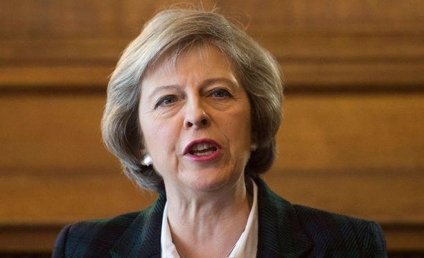 Theresa May kertoi radikaalista ajatuksestaan maanantaina.