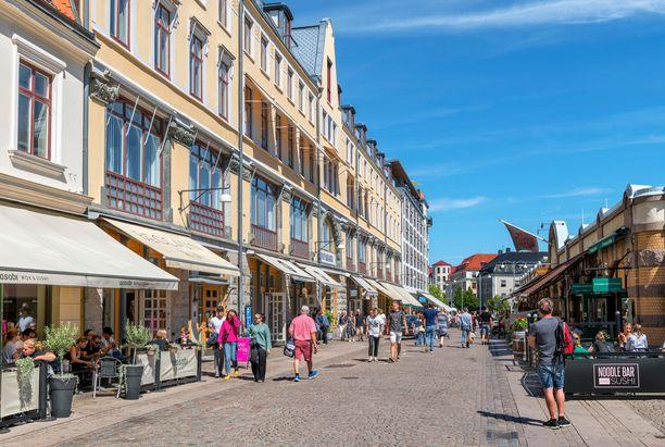 Ruotsin kakkoskaupunki Göteborg on rento kaupunkikohde, josta löytyy monipuolisesti niin ravintoloita kuin ostosmahdollisuuksiakin.
