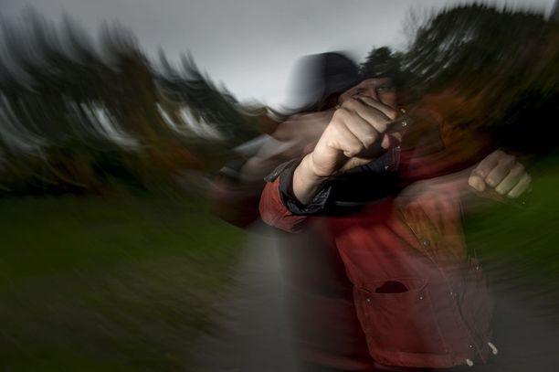 Vaikka nuorten tekemät rikokset ovatkin kokonaisuudessaan vähentyneet, alle 15-vuotiaiden kohdalla erityisesti pahoinpitelyiden määrä on kaksinkertaistunut.