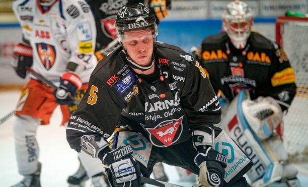 Lasse Kukkosen aloittama ryhtiliike auttoi Kärpät voittoon.