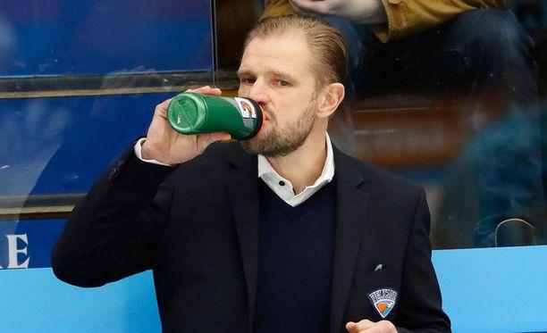 Petri Matikainen tulistui Etelä-Suomen Sanomien uutisoinnista ottelun jälkeen.