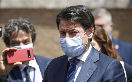 Italian pääministeri joutuu syyttäjien kuultavaksi koronakriisin hoidosta