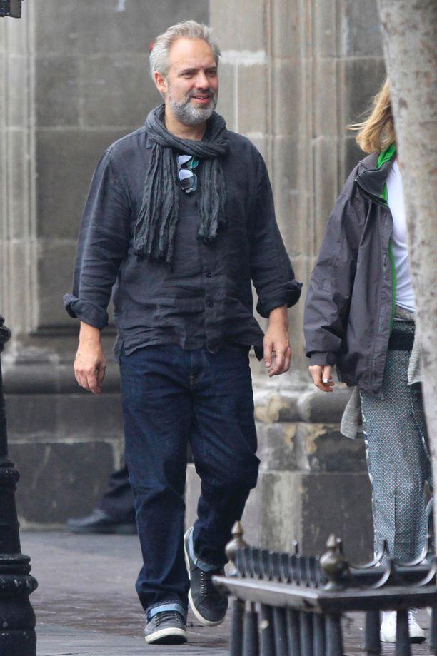 Sam Mendes jatkoi Skyfall-menestyksen jälkeen 007-elokuvasaagan ohjaajana, vaikka myöntääkin, että pohti aluksi, ovatko kaikki Bond-ideat jo käytetty.