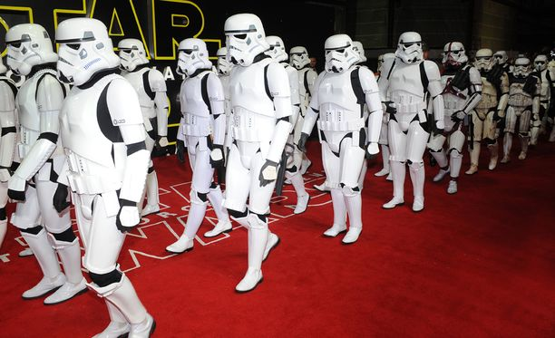 Star Wars: The Force Awakens on rikkonut katsojaennätyksiä.