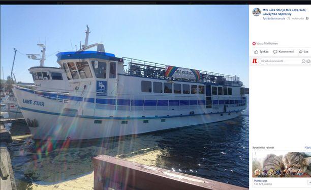 Matkustajalaiva Lake Star pelastettiin vajoamiselta Savonlinnassa sunnuntaina.