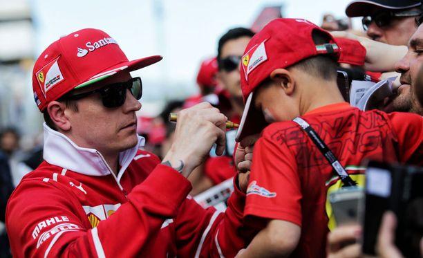 Kimi Räikkönen on yksi formula ykkösten suosituimmista kuljettajista.