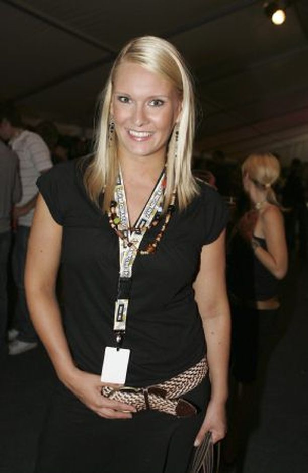 EI KÄY! Heidi Willmanin ja Saimi Hoyerin mukaan Miss Suomeksi valittavaa tyttöä odottavat toisenlaiset työtehtävät.