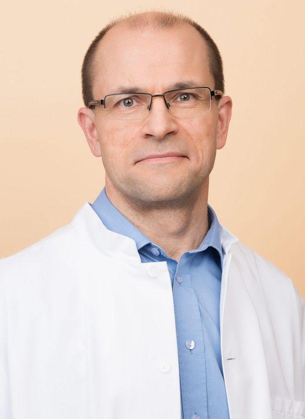Docrates Syöpäsairaalan onkologi Tuomo Alanko.