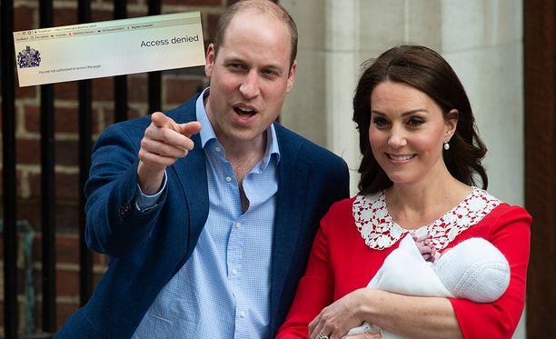 Prinssi William ja herttuatar Catherine esittelivät pikkuprinssin maailmalle eilen maanantaina.