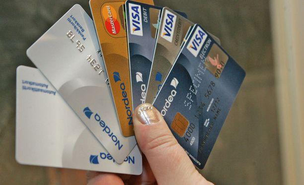 Pankkikortin katoaminen on vaikeuttanut kempeleläismiehen arkea.