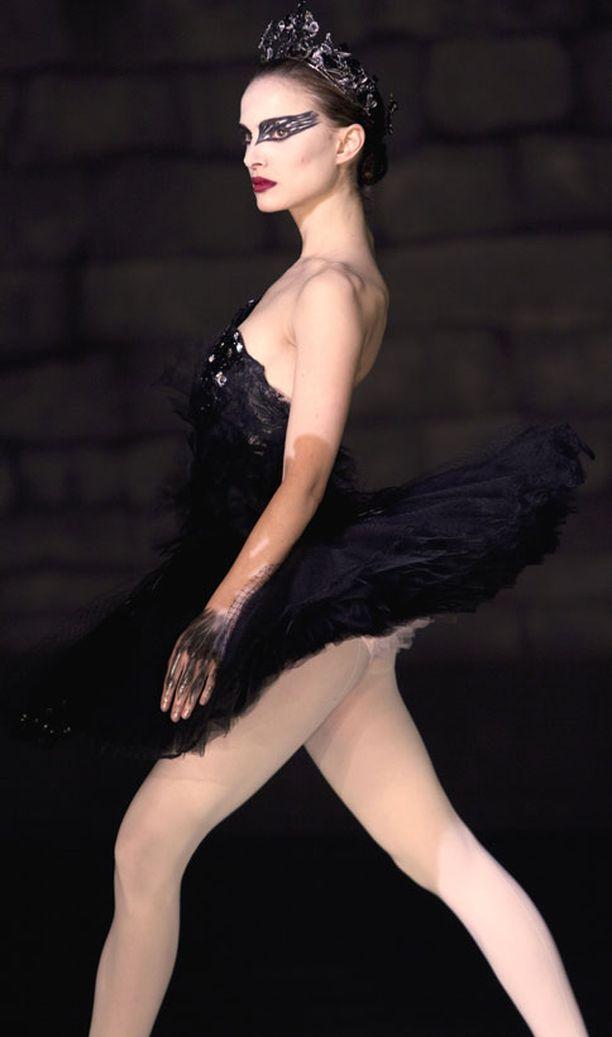 Natalie Portman ihastuttaa Black Swan -elokuvassa balettitanssijana.