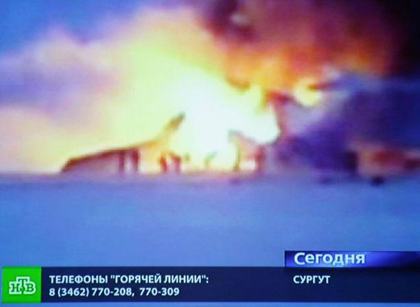Tv-kanavat Venäjällä näyttivät kuvaa onnettomuudesta.
