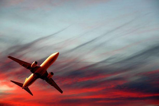 Matkustajat kokivat kauhunhetkiä Tjäreborgin Helsinki-Madeira-lennolla maanantaina. Kuvituskuva.