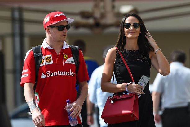 Kimi ja Minttu Räikkönen avioituivat kesällä 2016. He solmivat heti avioehdon.