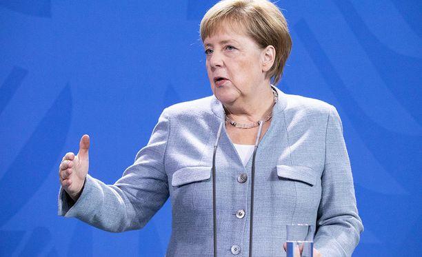Angela Merkel on päättänyt lähtöpasseista viikonloppuna.