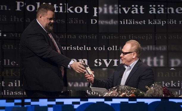 Stan Saanila ja Jari Tervo nähtiin viimeisen kerran Uutisvuodon tuomareina kesäkuussa.
