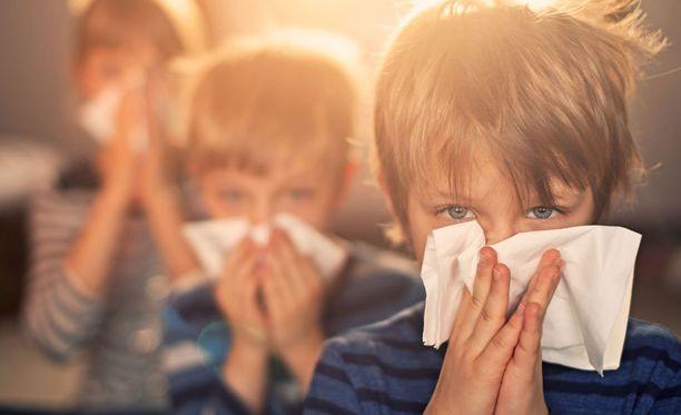Koko perheen influenssarokotukset saa kerralla kuntoon, kun tilaa Stellan sairaanhoitajan antamaan rokotukset kotona helposti, turvallisesti ja halpaan hintaan.