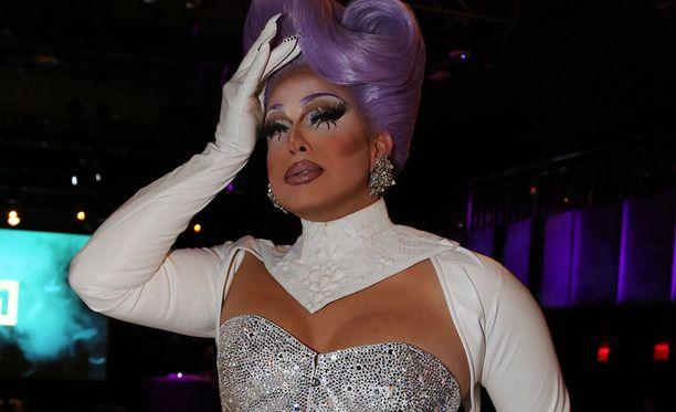 Alexis Michelle on tunnettu drag-artisti.