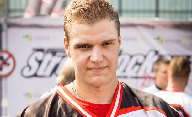 Aleksander Barkov kertoo kehittyneensä kesän aikana joka osa-alueella.
