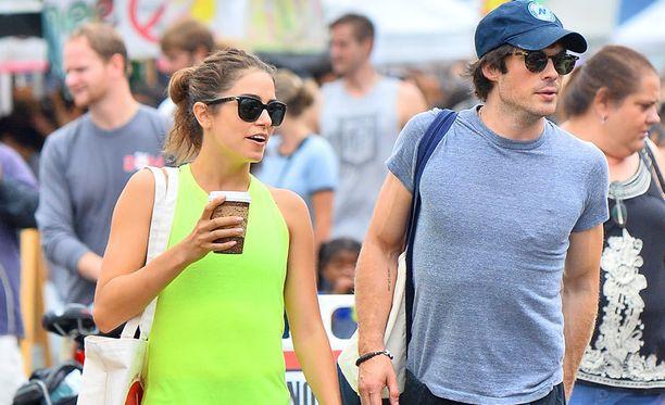 Nikki Reed ja Ian Somerhalder näyttivät viihtyvän hyvin yhdessä.