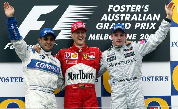 Kimi Räikkönen nousi ensimmäisen kerran palkintokorokkeelle Australiassa 2002. Seurana olivat Juan Pablo Montoya ja Michael Schumacher.
