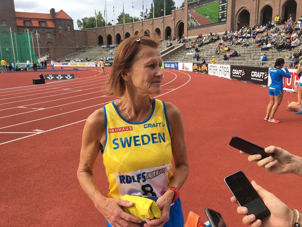 Vuonna 1957 syntyneen Siv Karlströmin kommentit kiinnostivat mediaa kaksi kesää sitten, kun hän edellisen kerran oli mukana yleisurheilumaaottelussa.