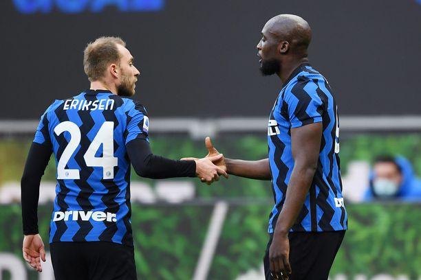 Christian Eriksen ja Romelu Lukaku ovat seurakavereita Interistä.