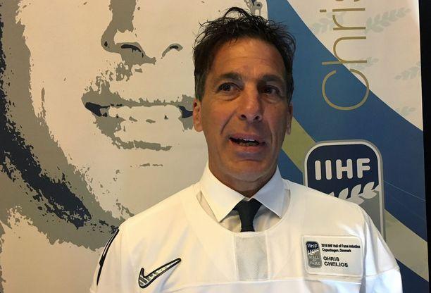 Chelios aateloitiin sunnuntaina IIHF:n kunniagalleriaan.