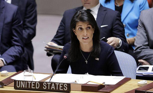 YK:n turvallisuusneuvoston maanantain hätäkokouksessa puhunut Yhdysvaltain YK-suurlähettiläs Nikki Haley sanoo Pohjois-Korean johtajan Kim Jong-unin kerjäävän sotaa.
