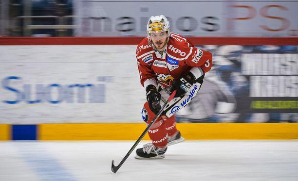 Charles Bertrand oli illan hahmo, kun Sport yllätti Kärpät Kuparisaaressa.