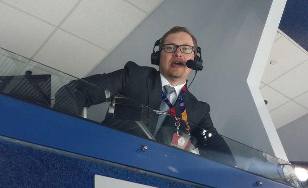 Antti Mäkinen on sinivalkoinen NHL-ääni.