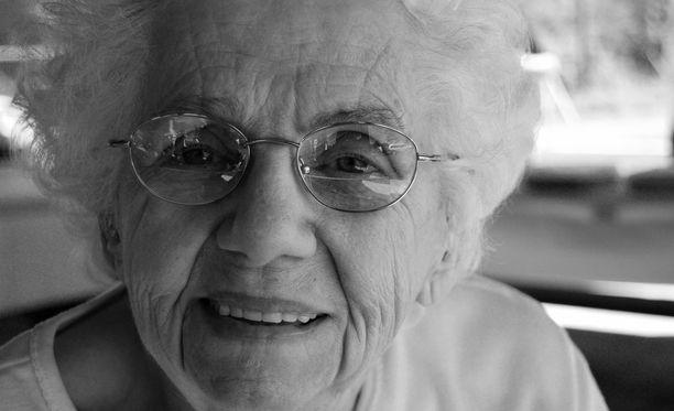 Alzheimerin tauti on hitaasti ja tasaisesti etenevä muistisairaus.