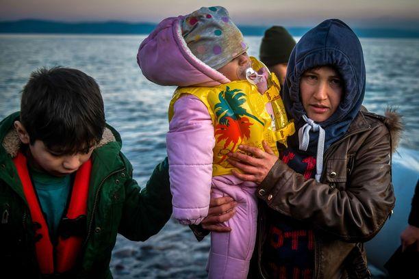 Välimeren maiden pakolaisleirien asukkaiden yleisin lähtömaa on Afganistan, josta on kotoisin 42 prosenttia pakolaisista. Pakistanilaisia on 22 prosenttia ja syyrialaisia 12 prosenttia. Kuva Lesboksen saarelta Kreikasta maaliskuun alusta.