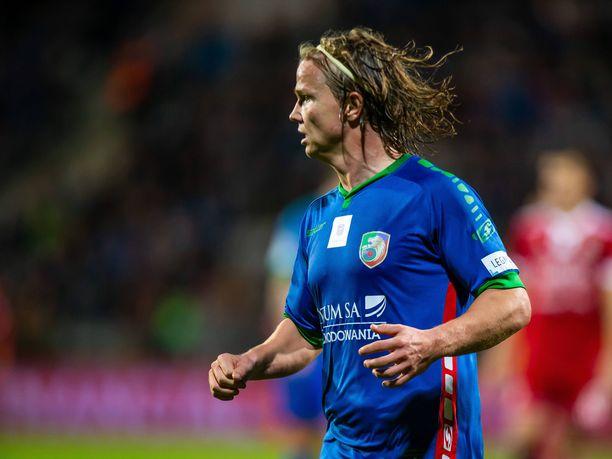 Petteri Forsell palasi alkuvuodesta Puolaan, Miedź Legnican paitaan.