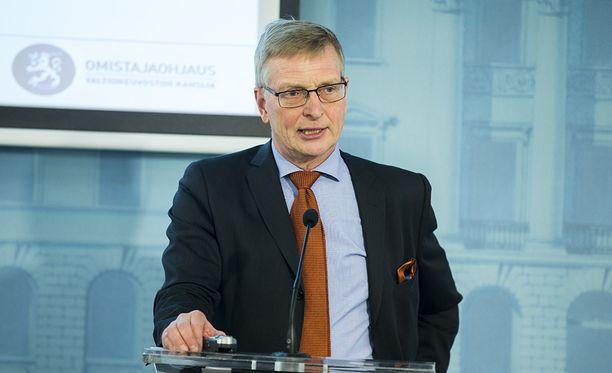 Valtion omistajaohjausosaston päällikkö Eero Heliövaara ei aio hakea jatkokautta.