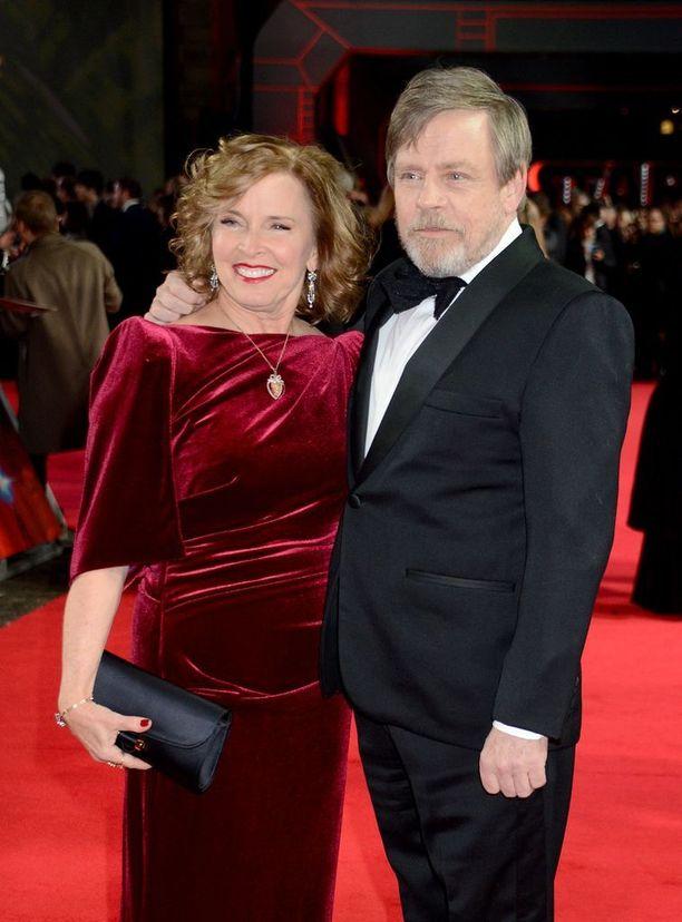 Hamill ja York uusimman Tähtien sota -elokuvan ensi-illassa joulukuussa 2017.