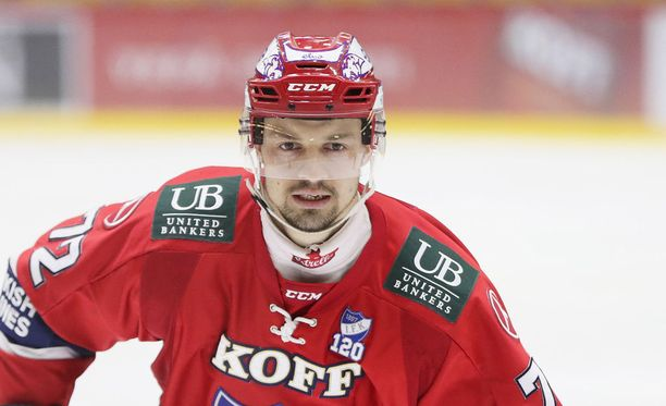Patrik Carlsson siirtyi täksi kaudeksi Helsingin IFK:hon.
