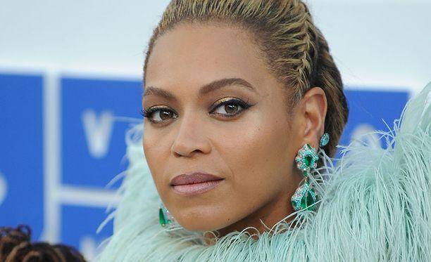 Celeste on jäljitellyt Beyoncea jo useampaan kertaan.