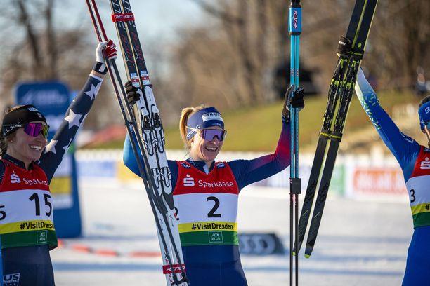 Nadine Fähndrich juhli lauantaina uransa ensimmäistä maailmancup-voittoa.