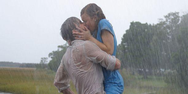 Ryan Gosling ja Rachel McAdams riitelivät täyttä huutoa kuvauksissa - ennen kuin rakastuivat.