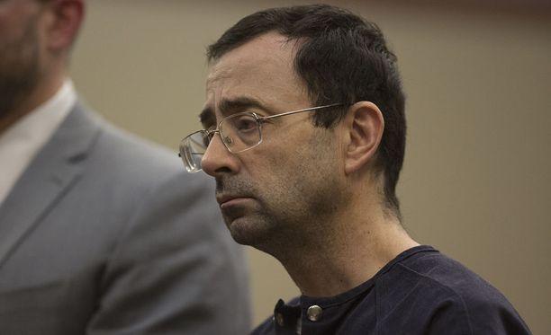 Larry Nassar esiintyi tuomiokäsittelyssä katuvan näköisenä, mutta hänen lausuntonsa oli hieman toista sävyä.