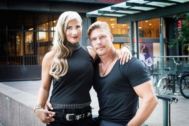 Rita Niemi-Manninen ja Aki Manninen rakastuivat tasan kaksi vuotta sitten.