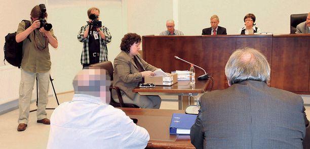 Pohjois-Karjalan käräjäoikeuden mukaan joidenkin uhrien kohdalla hyväksikäyttö oli toistunut kymmeniä kertoja.