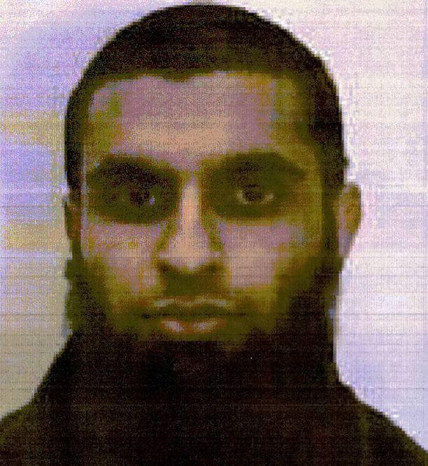 Mooren aviomies Sajid Aslam työskenteli ennen sijaisopettajana, mutta lähti vuonna 2014 jihadistiksi Syyriaan.