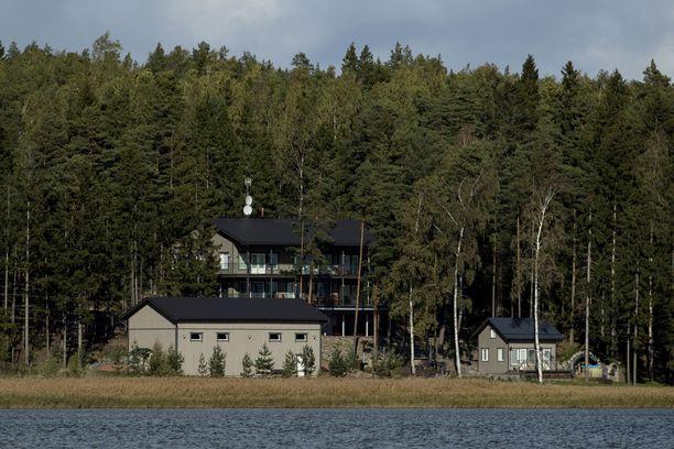Airiston Helmi Paraisilla Turun saaristossa.
